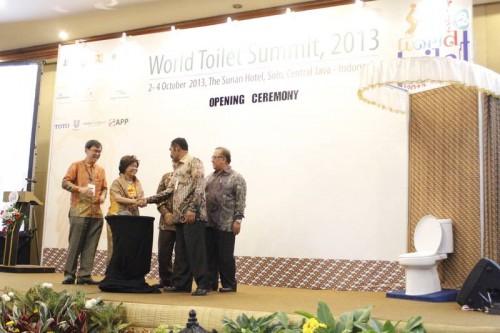World-Toilet-Summit-001
