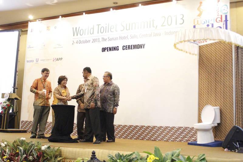 World Toilet Summit 2013 di The Sunan Hotel Solo   Blog The