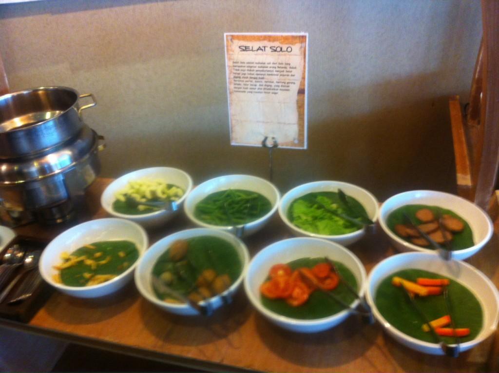 menu tradisional solo di sunan hotel solo