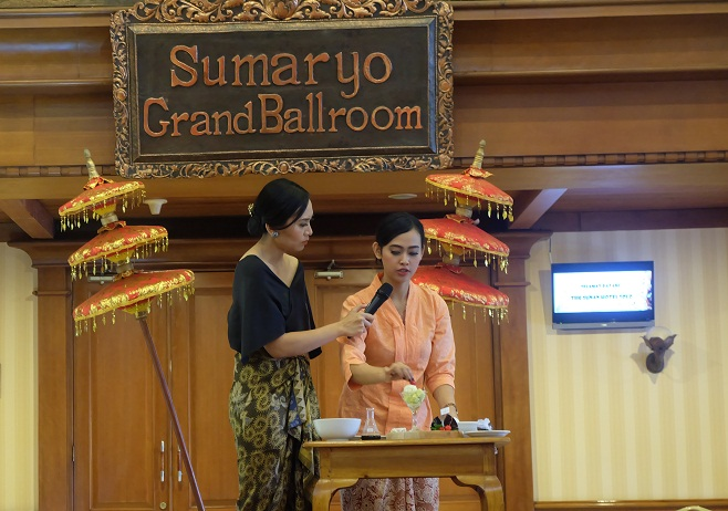 Tribute to Kartini – The Sunan Hotel Solo (2)