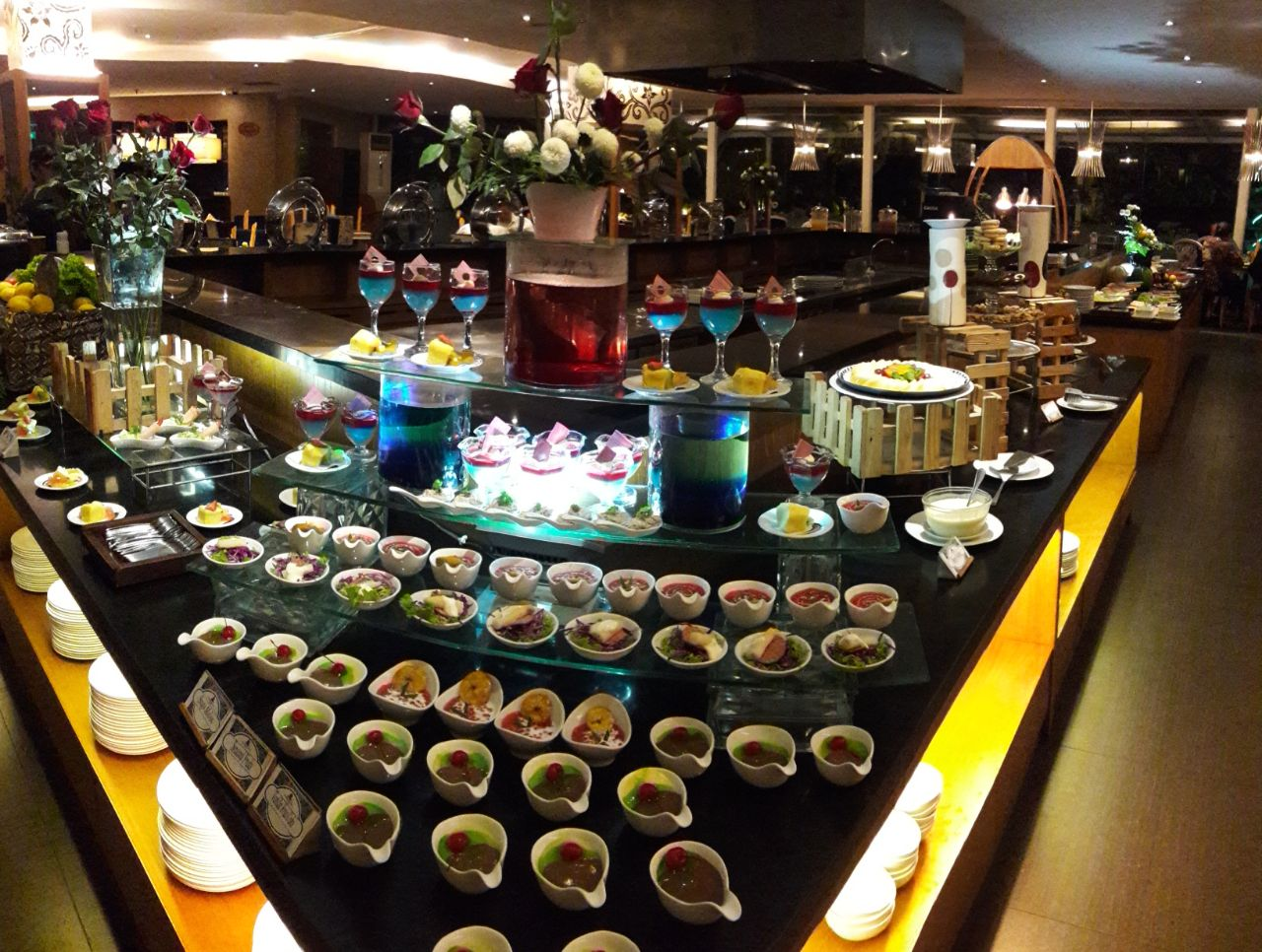 Interantional Buffet The Sunan Hotel Solo