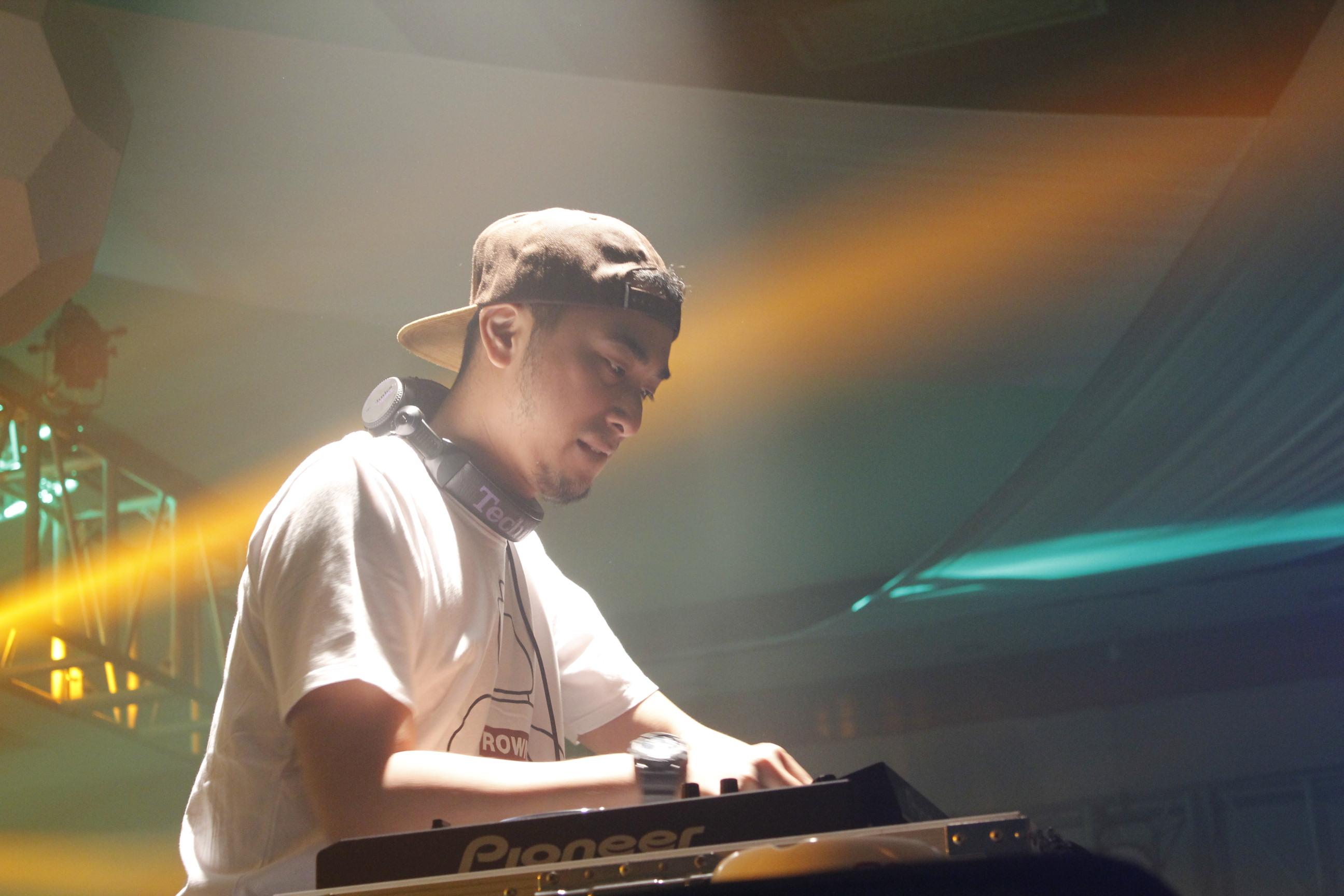 DJ Winky at The Sunan Hotel Solo