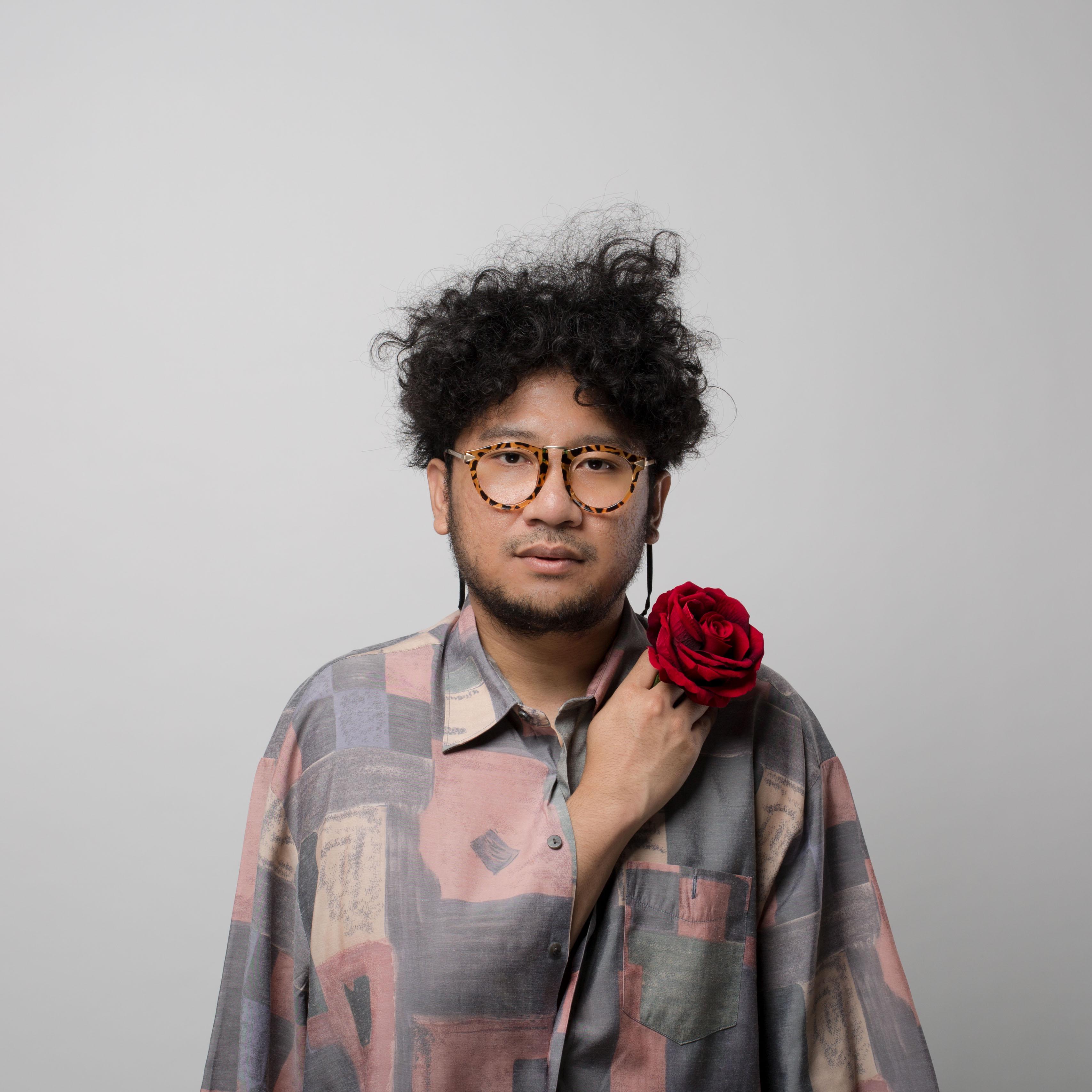 Kunto Aji Live in Concert