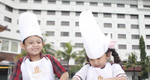Asyiknya kelas memasak di The Sunan Hotel Solo