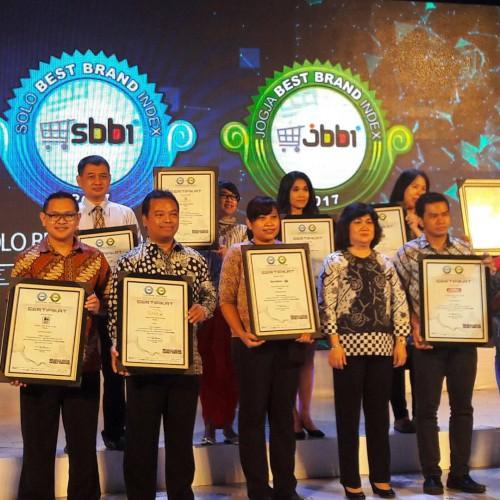 The Sunan Hotel Solo Raih Penghargaan Best Website 2017 (3)The Sunan Hotel Solo Raih Penghargaan Best Website 2017 (3)